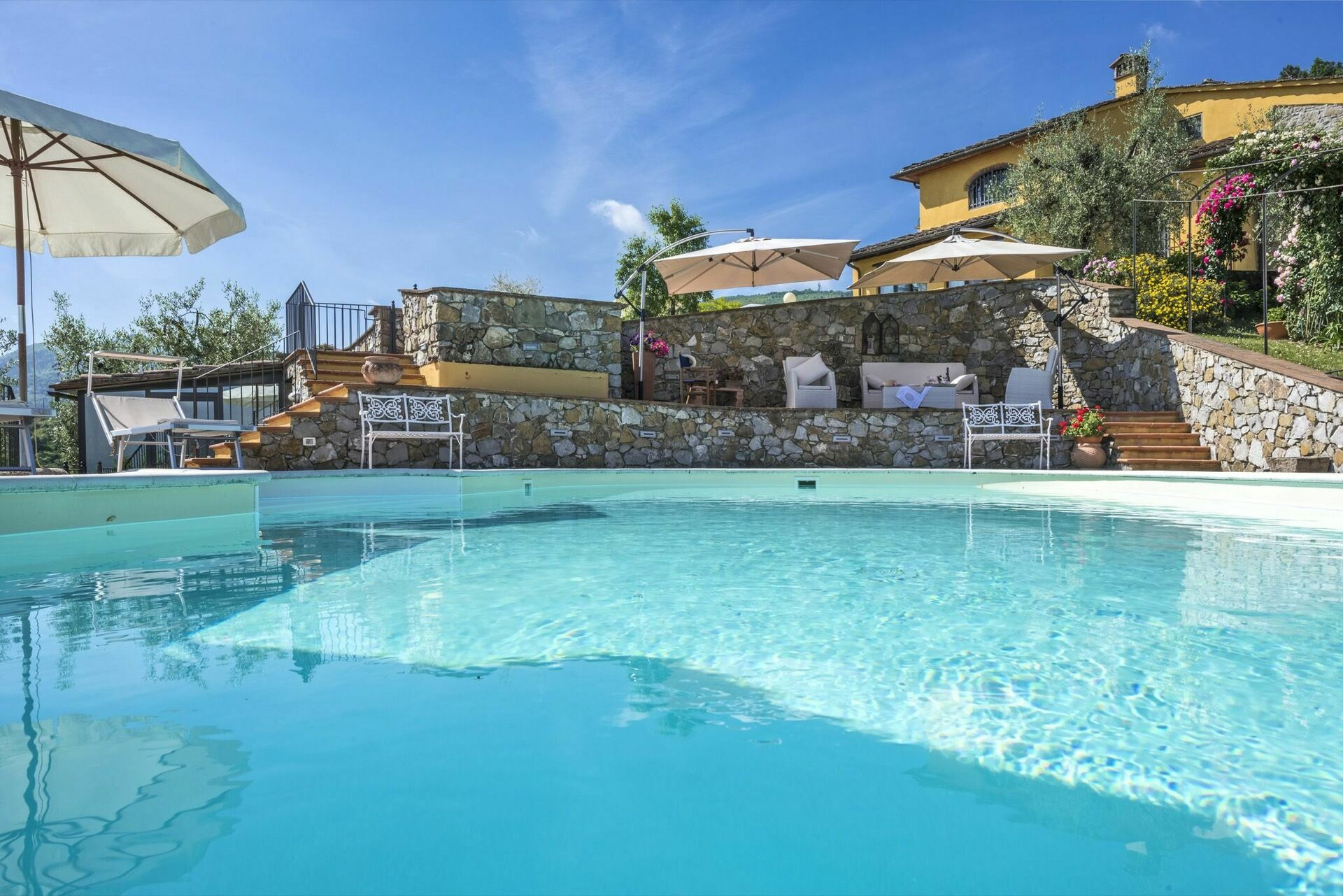 Holiday in an apartment in Tuscany